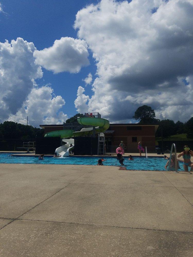 Piedmont Aquatic Center: 150 Sports Complex Dr, Piedmont, AL