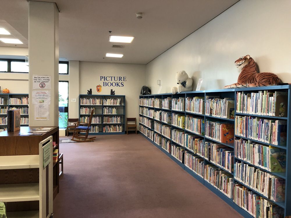 Hawaii State Public Library System - Salt Lake-Moanalua Library