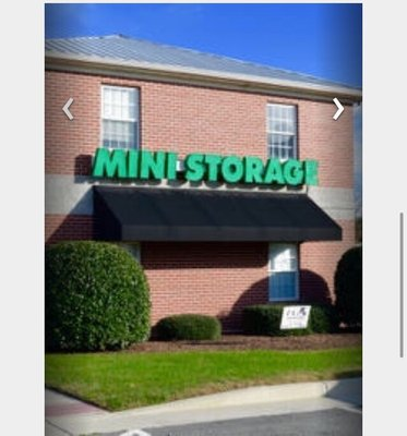 Hotels Nearby & Ample Storage Center 11115 Iron Bridge Rd Chester VA Moving ...