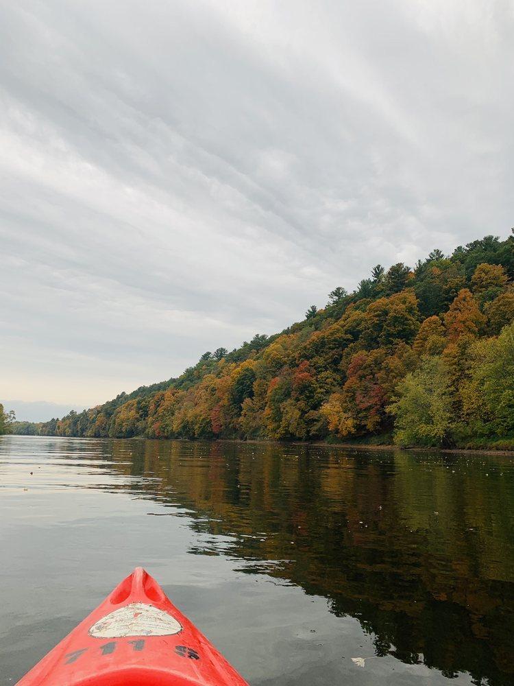 Taylors Falls Canoe & Kayak Rental: 307 Milltown Rd, Taylors Falls, MN