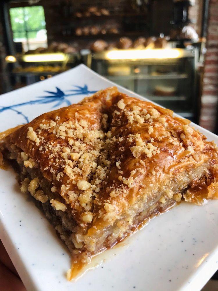 Lihoudies Authentic Greek Cuisine & Bakery: 121 W 4th St, Anna, TX