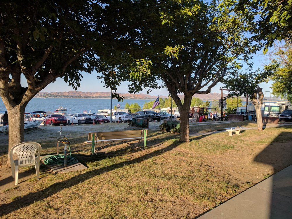 Weekend Paradise: 16006 Grand Ave, Lake Elsinore, CA