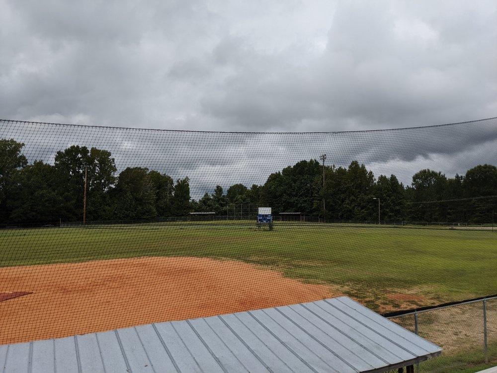 JB Comer Baseball Field: Rainey Ave Hwy 211, Sharon, SC