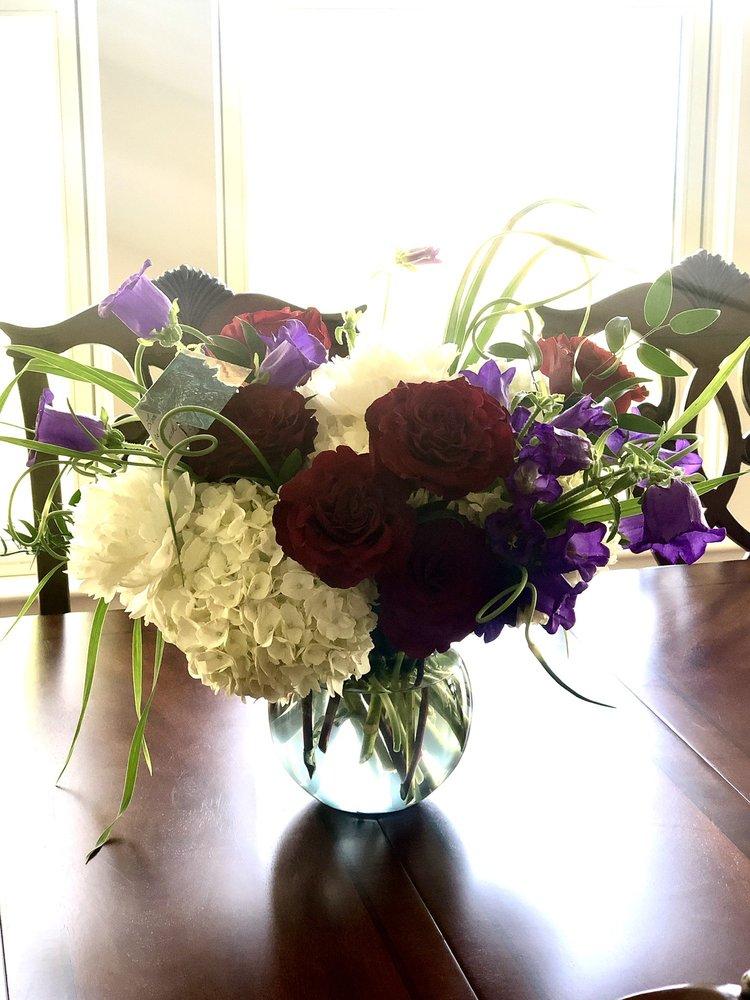 AR Pontius Flower Shop: 592 E Main St, Harbor Springs, MI