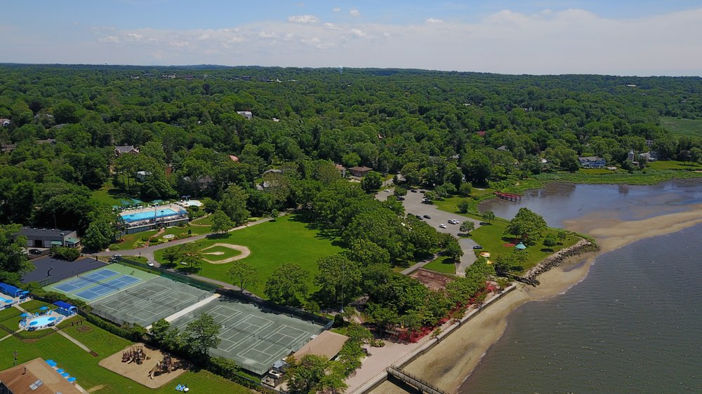 New York Tennis at Great Neck: 12 Shore Dr, Great Neck, NY