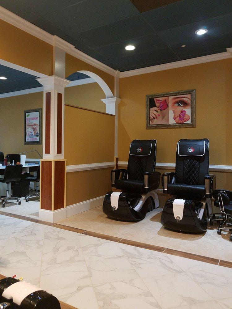 Soho Nails And Beauty Bar: 2020 Gunbarrel Rd, Chattanooga, TN