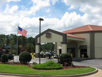 Albany Mall Inn & Suites: 2729 Pointe North Blvd, Albany, GA