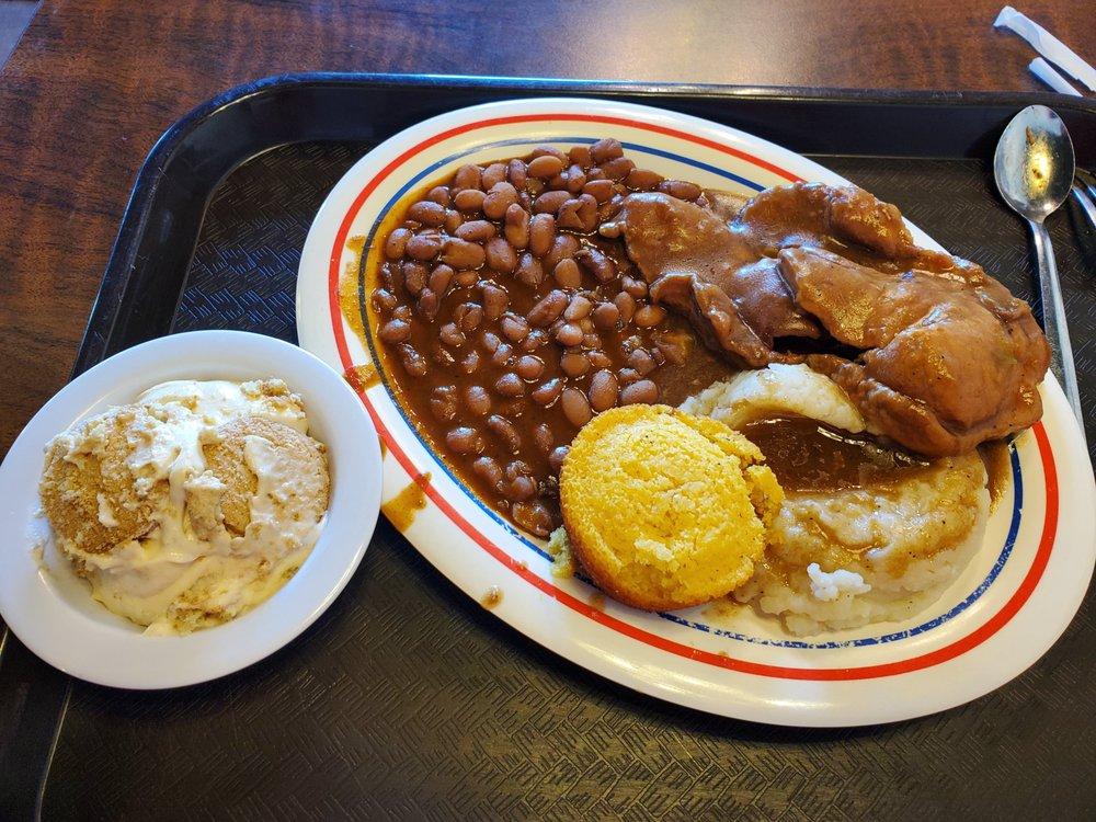 Shannon's Cafe: 601 San Jacinto Ln, Bryan, TX