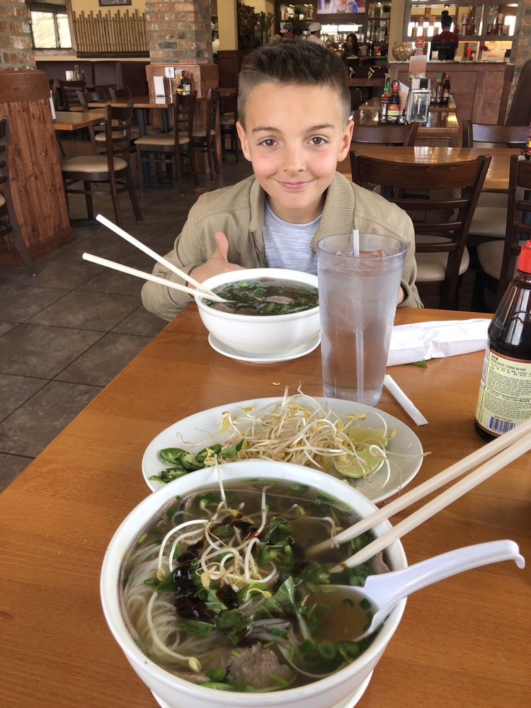 Pho 88: 2463 Patterson Rd, Grand Junction, CO