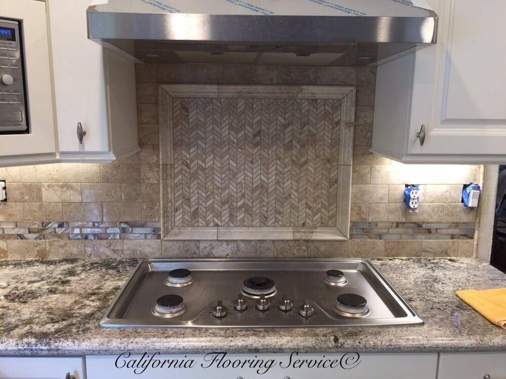 3 Quot X 6 Quot Marble Backsplash With 3 Quot Glass Band And Marble