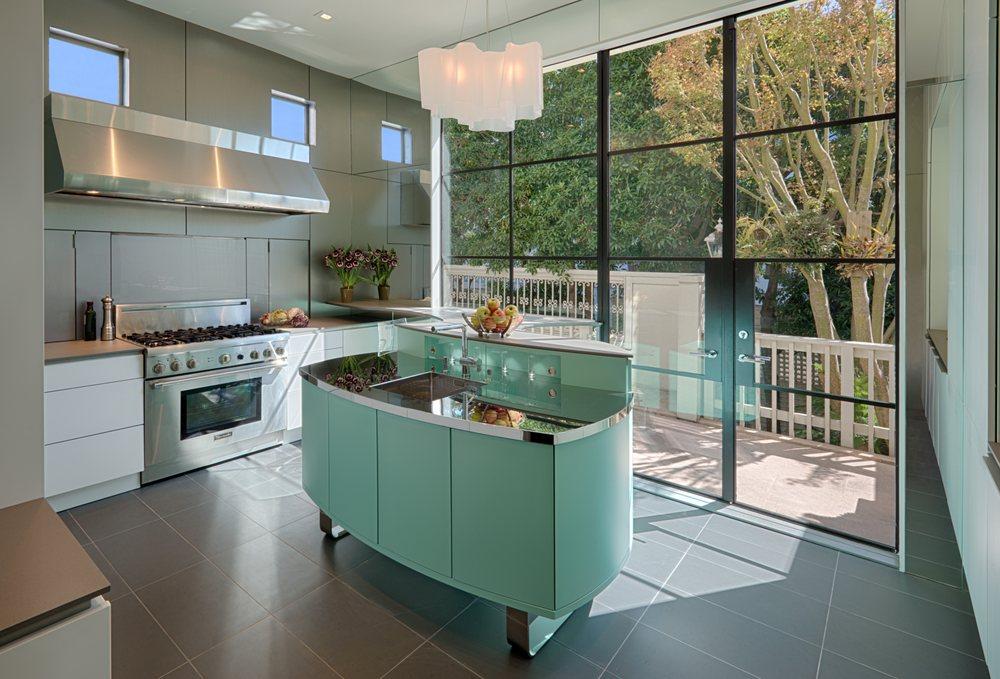 Plonowski Architects + Builders: 23 Dorset Ln, Mill Valley, CA