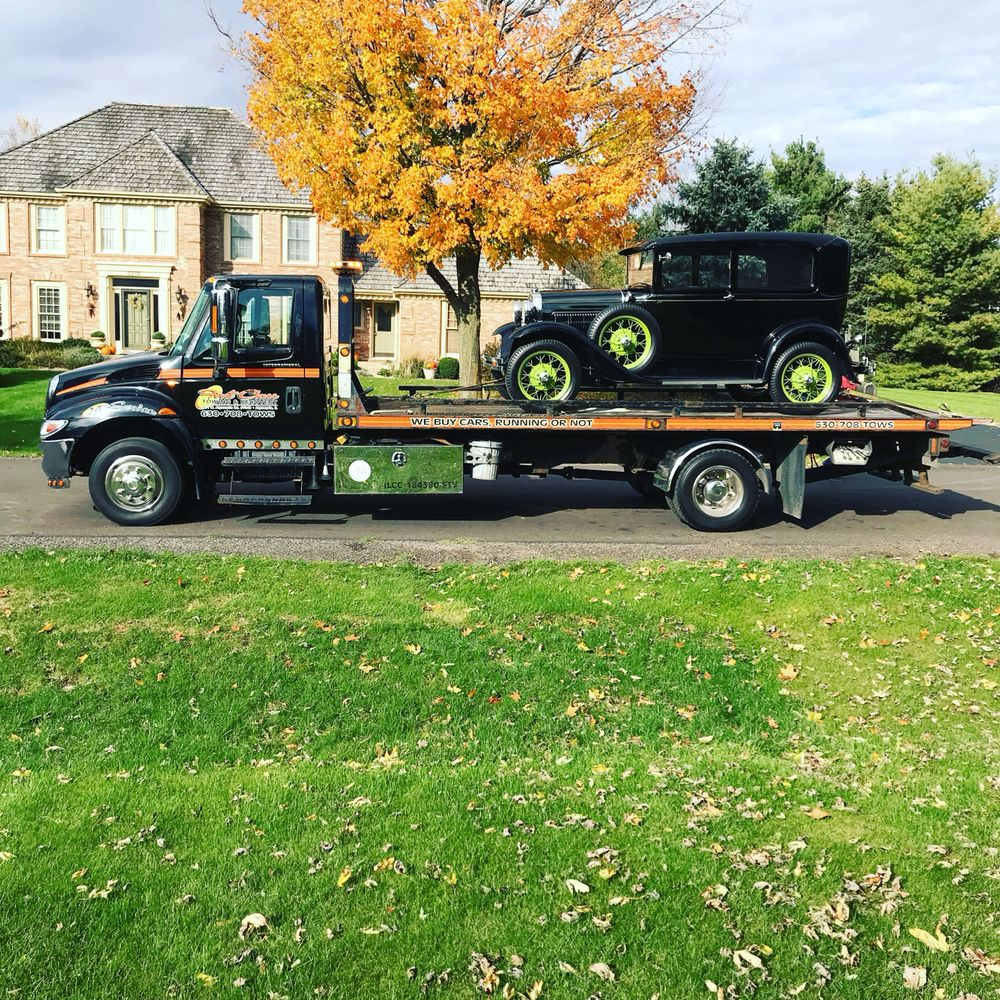 Towing business in Algonquin, IL