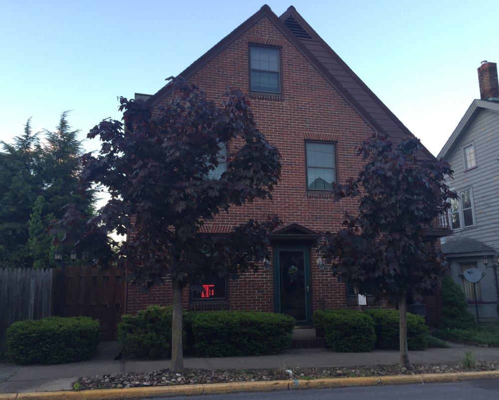 Yesterday's Best: 807 Washington St, Huntingdon, PA