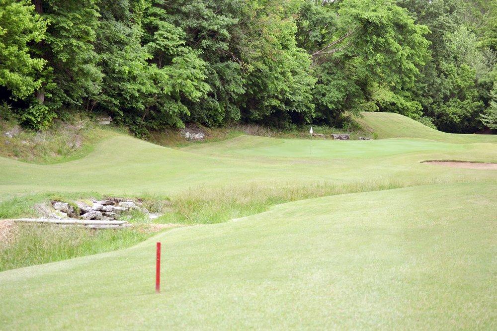 Big Sugar Golf Club: 1101 Sugar Creek Rd, Pea Ridge, AR