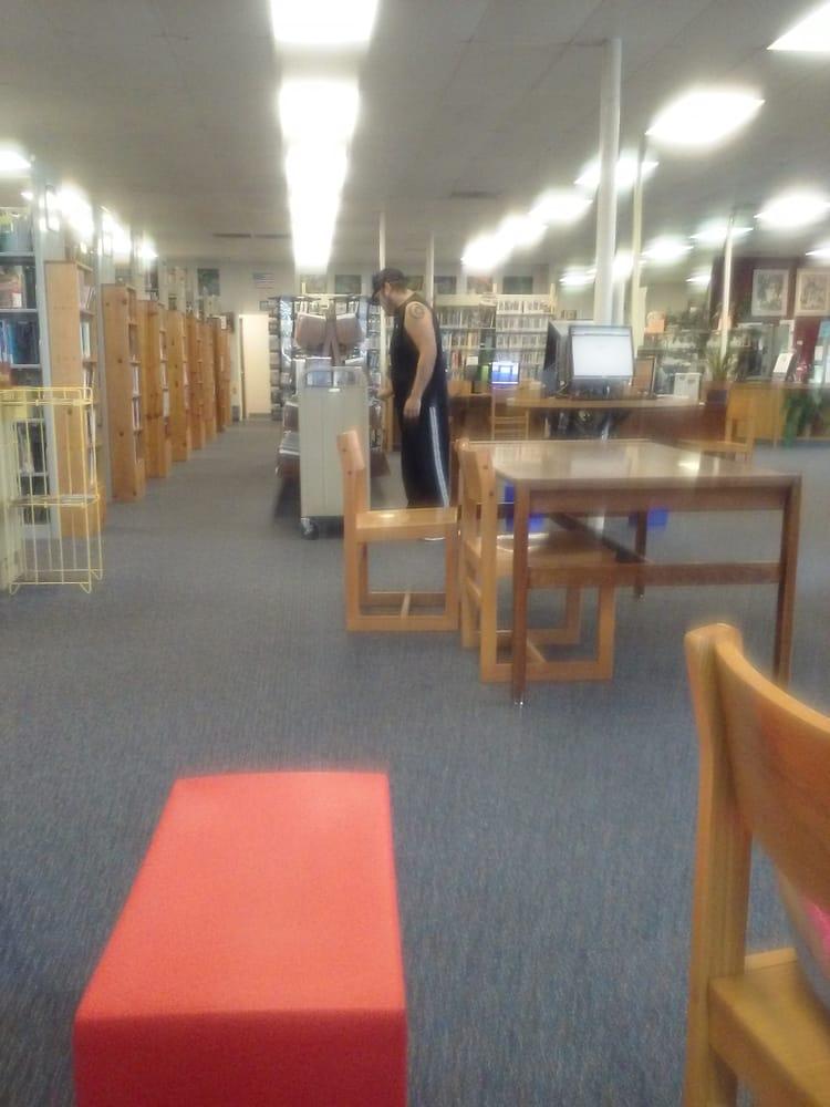 Politi Branch Public Library