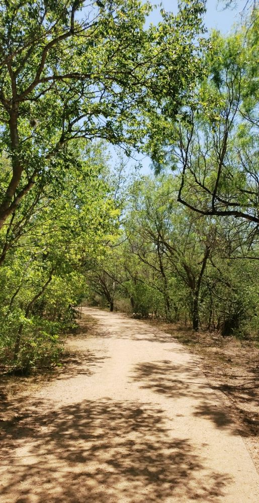 Milam Wesley Tealer Park: 5715 Lake Cv, San Antonio, TX