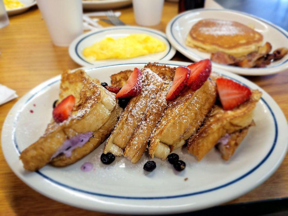 Fat Boys Bar and Grill: 2 W Williamsburg Rd, Sandston, VA