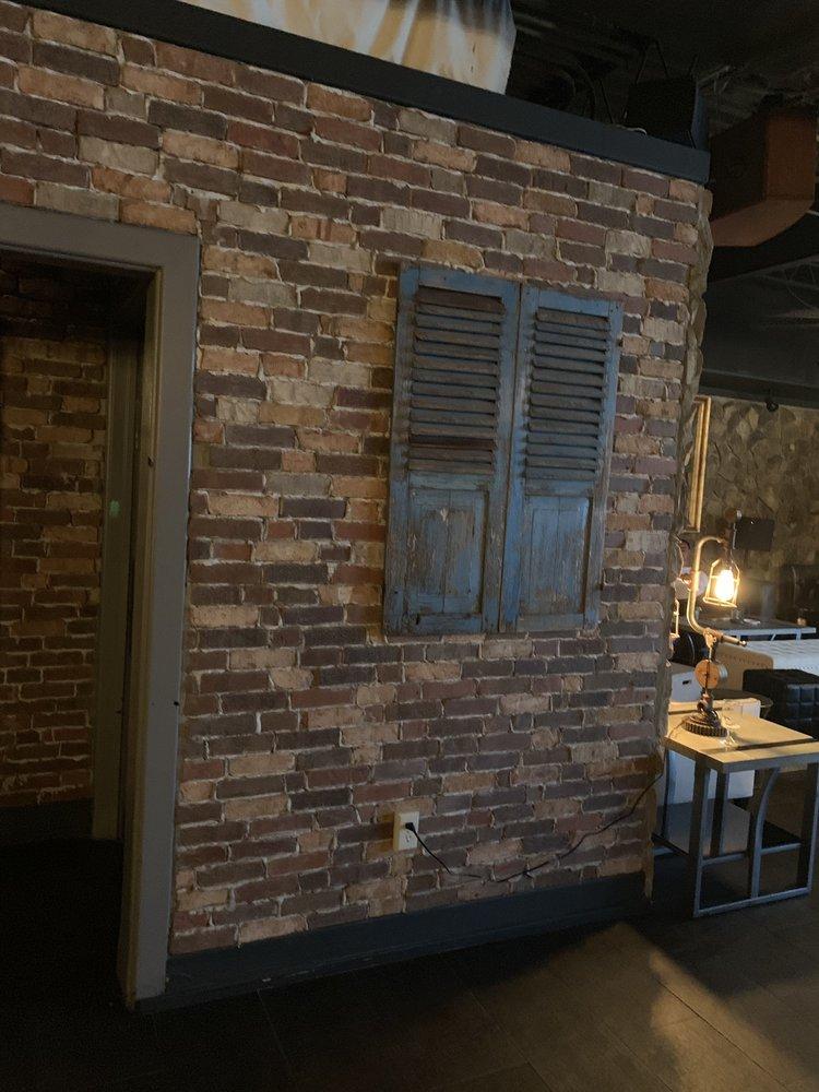 Vintage Sofa Bar: 1001 Burke St, Winston-Salem, NC