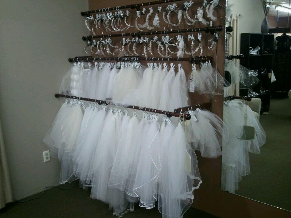 Victorian Bridal & Formal Wear: 320 W Fulton St, Waupaca, WI