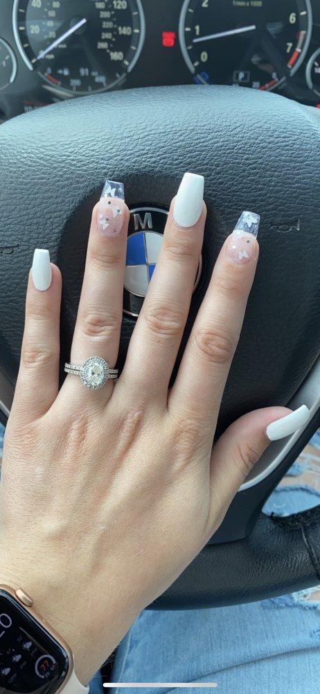 Ivy Nails & Spa: 11333 E Kellogg, Wichita, KS