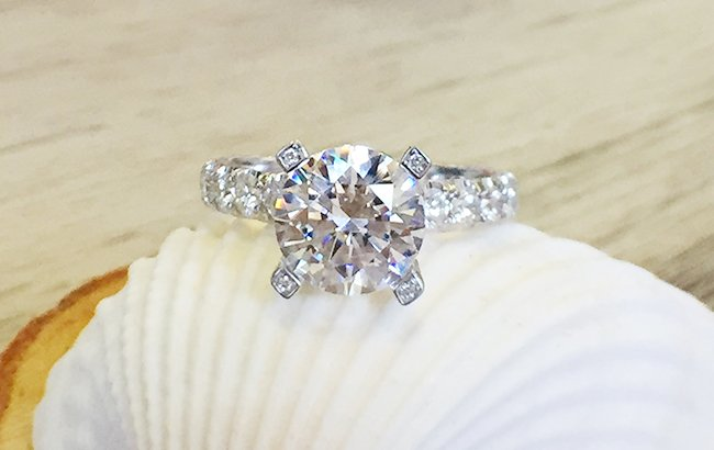 Robbins Brothers - The Engagement Ring Store
