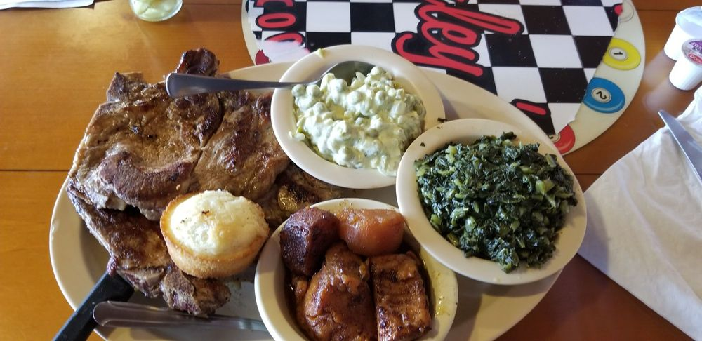 Shirley's Restaurant: 746 E Duval St, Lake City, FL