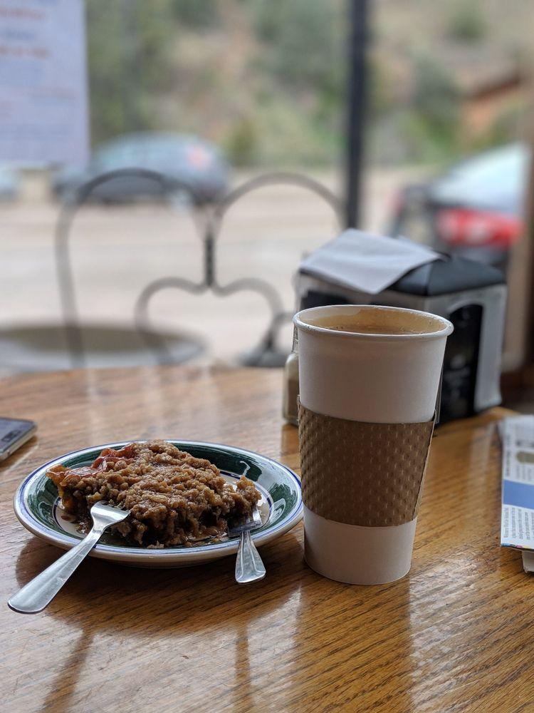Mornin Sunshine Coffee House & Catering: 509 N River St, Hot Springs, SD