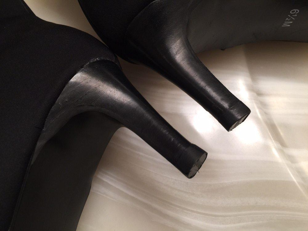 Woodinville Shoe Repair: 17325 139th Ave NE, Woodinville, WA