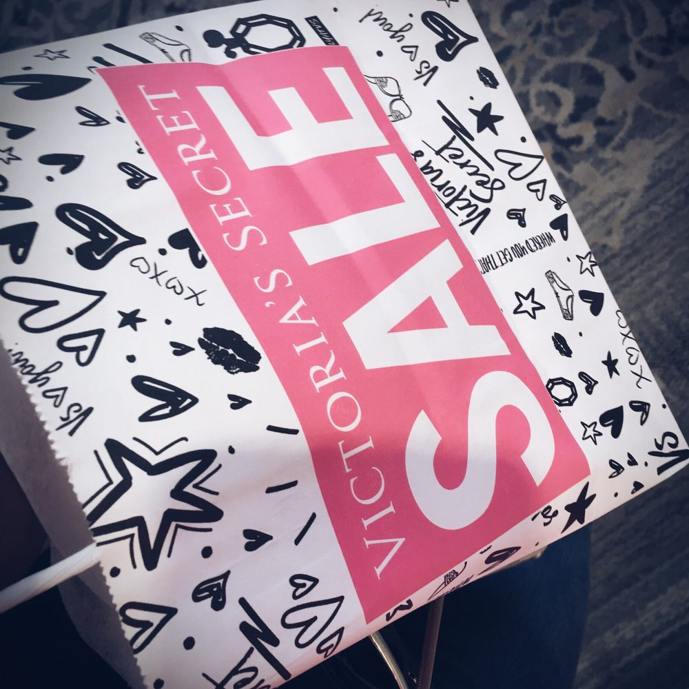Victoria's Secret: 10300 Southside Blvd, Jacksonville, FL