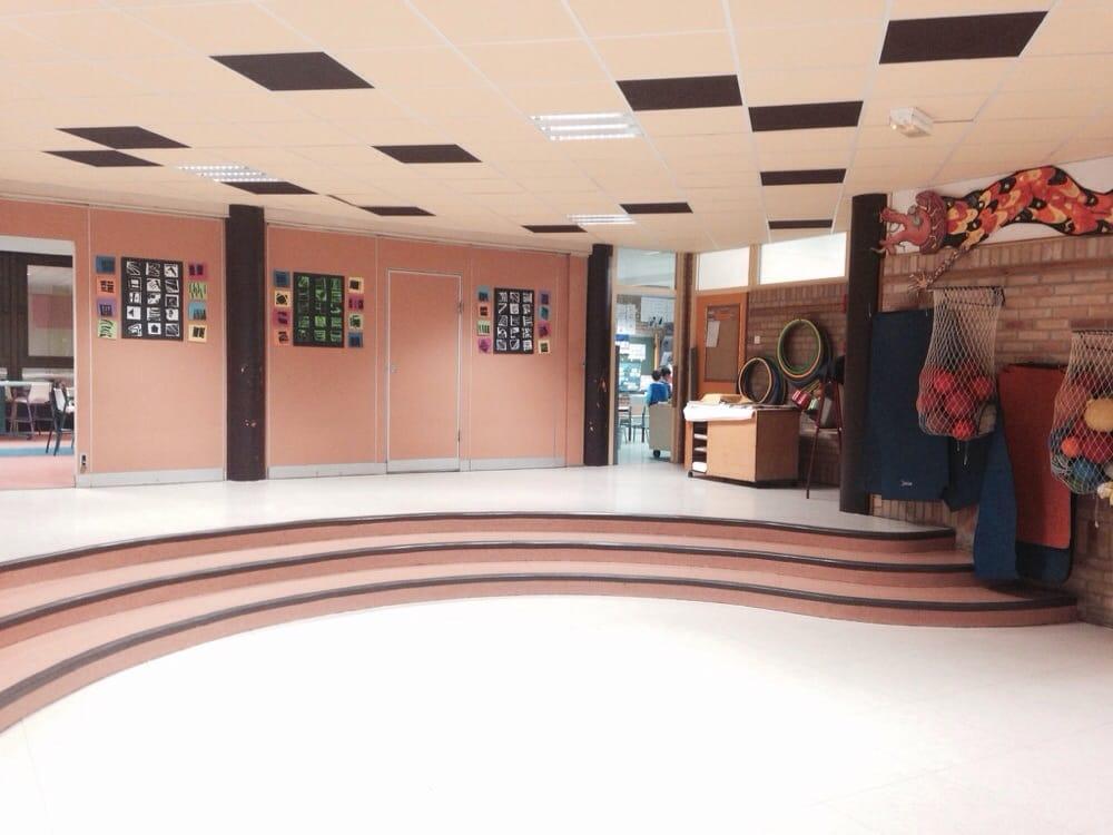 Ecole jenner primary schools 82 rue des c lestines for 82 rue brule maison lille
