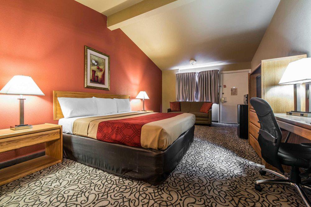 Rodeway Inn: 1208 N Colorado Ave, Brush, CO