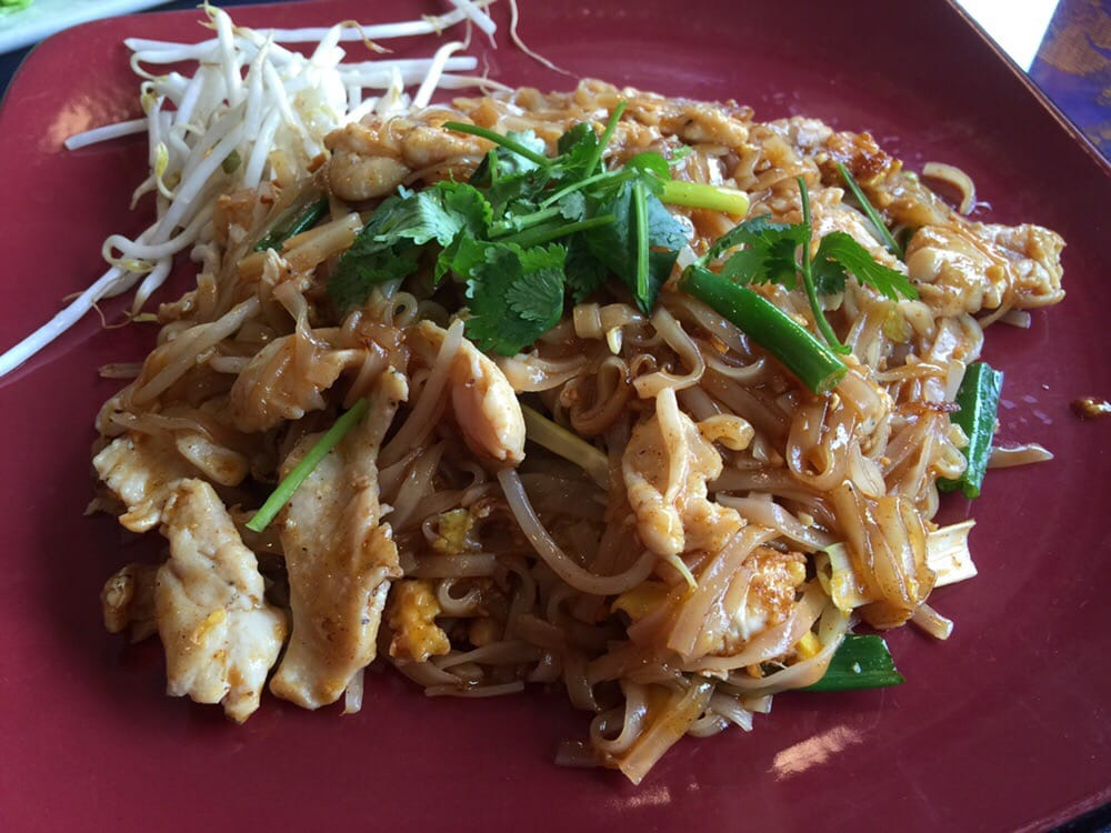 Chicken pad thai flavors ok but too much sauce rating for Ayothaya thai cuisine