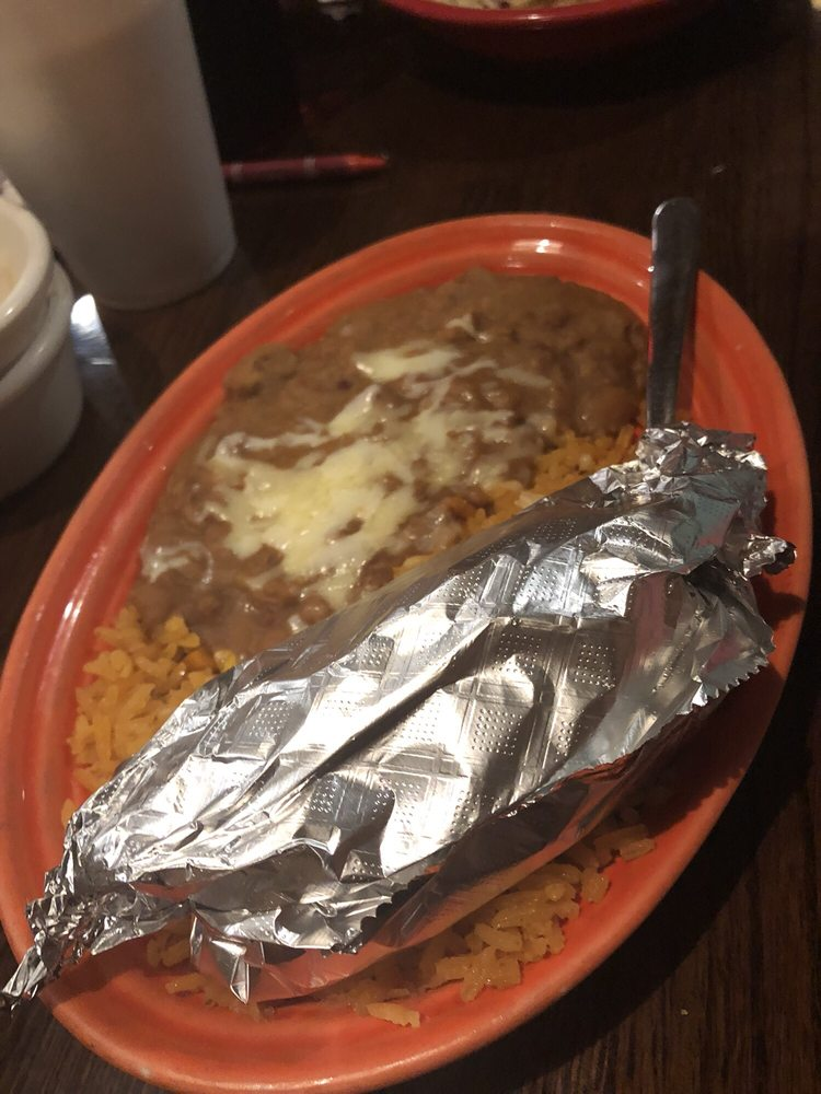 La Parrilla Mexican Grill: 1501 Cedar Rd, Chesapeake, VA