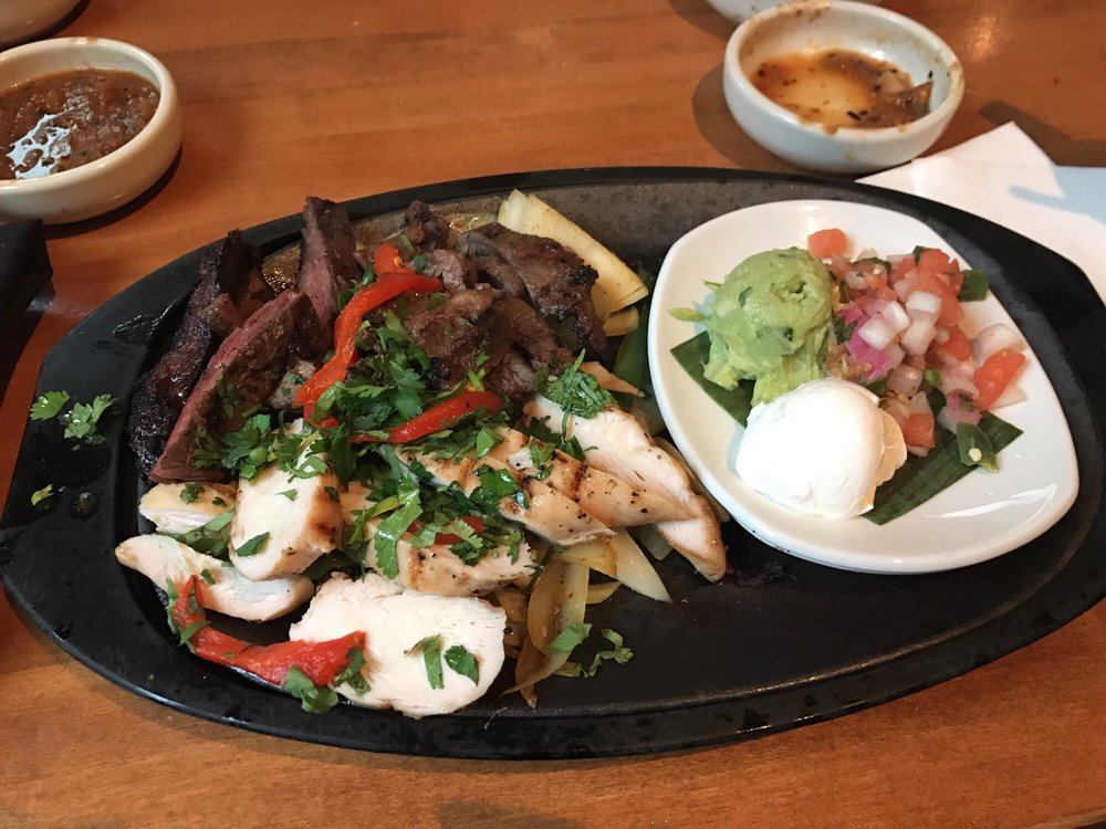 Cantina Laredo: 508 N State St, Chicago, IL
