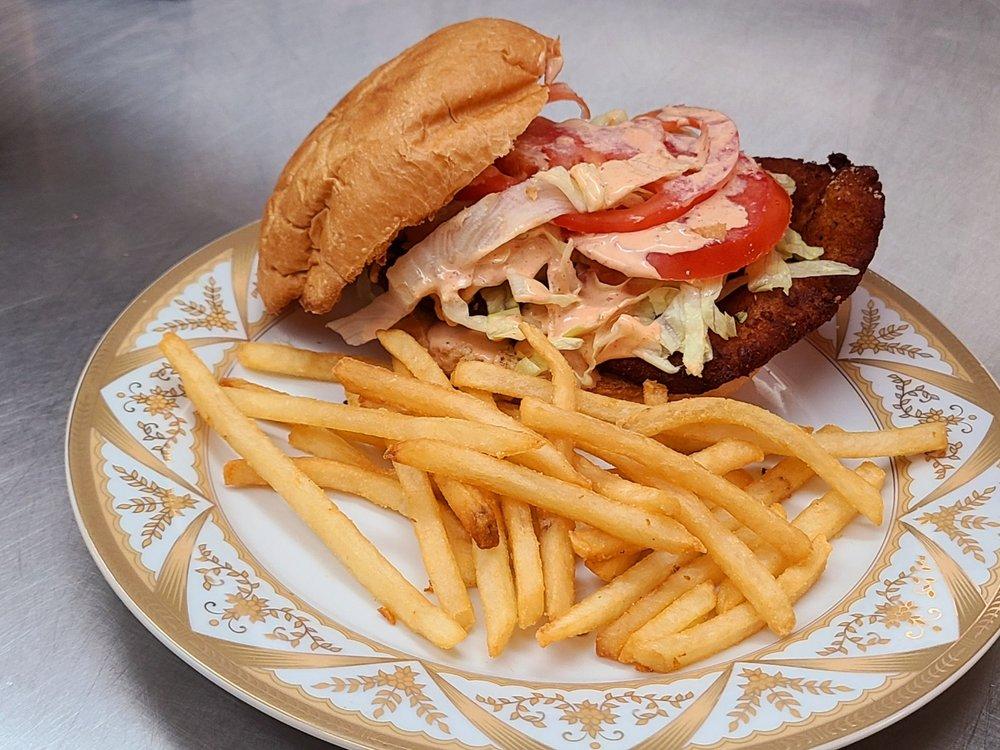 Mama's Café: Oatman, AZ