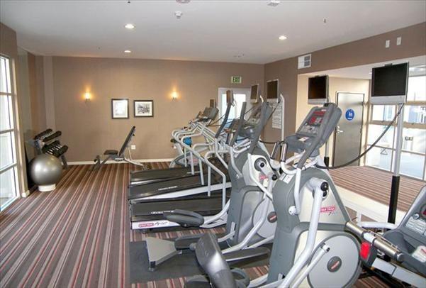 fitness center yelp. Black Bedroom Furniture Sets. Home Design Ideas