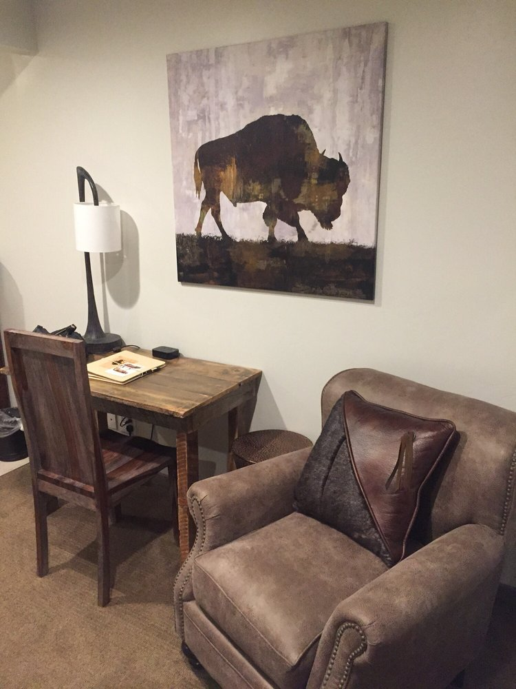 1872 Inn: 603 Yellowstone Ave, West Yellowstone, MT