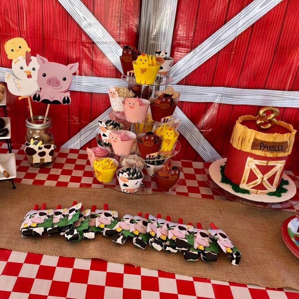 Ruby Cakes of Monterey: Monterey, CA