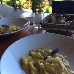 Artegaia Cucina Con Vista - Italian - Via della Fabbrica 10, San ...
