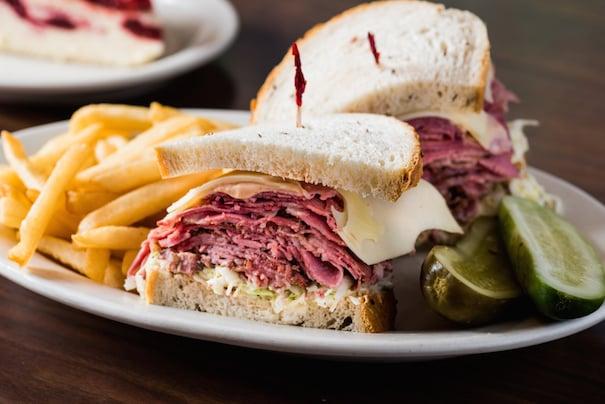 Cindi's NY Deli & Restaurant: 7522 Campbell Rd, Dallas, TX