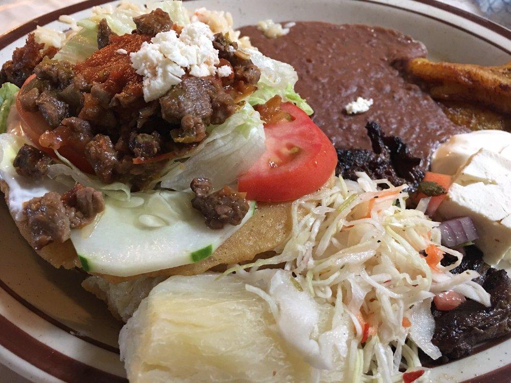 Pilar's Restaurant: 2249 Huntington Ave, Alexandria, VA
