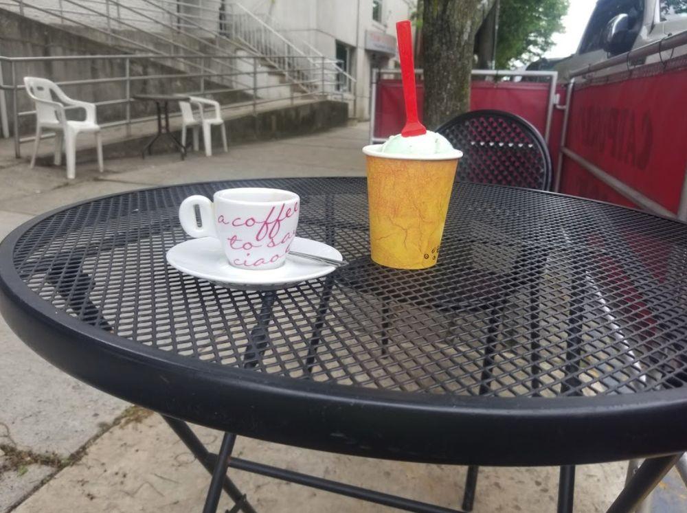 Caffé da Nino: 530 Anderson Ave, Cliffside Park, NJ