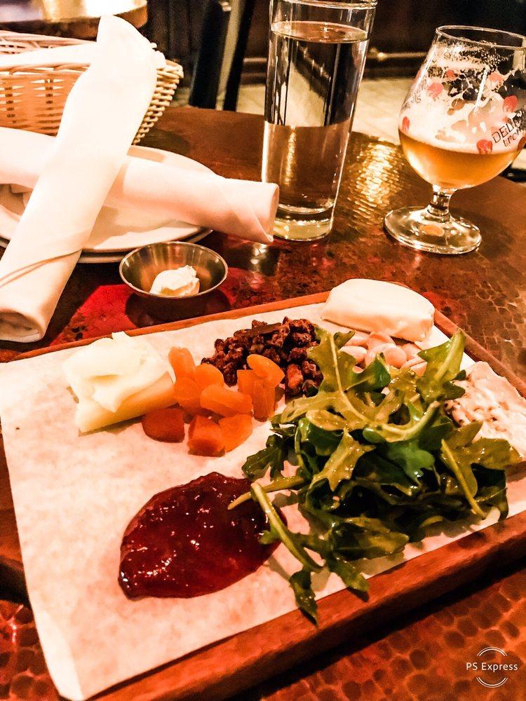 Dario's Brasserie: 4920 Underwood Ave, Omaha, NE