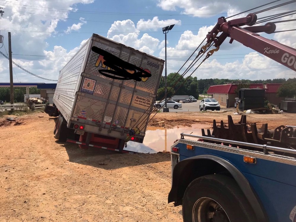 Towing business in Dothan, AL