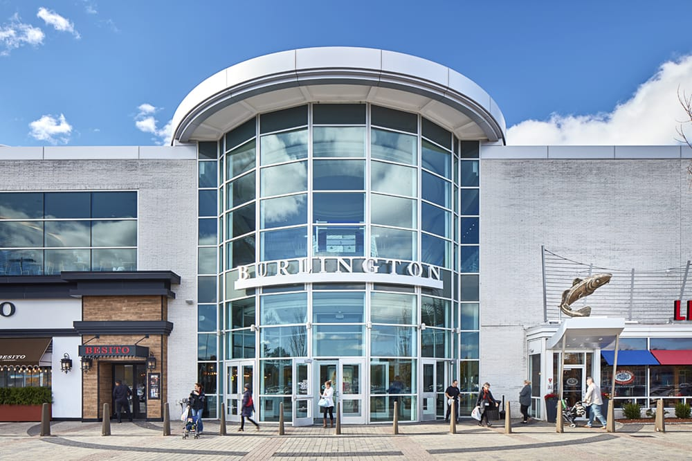Find all of the stores, dining and entertainment options located at Burlington Mall®.