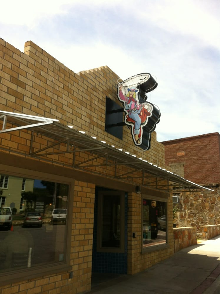 Mustang Sally's: 303 W Main St, Perryville, AR
