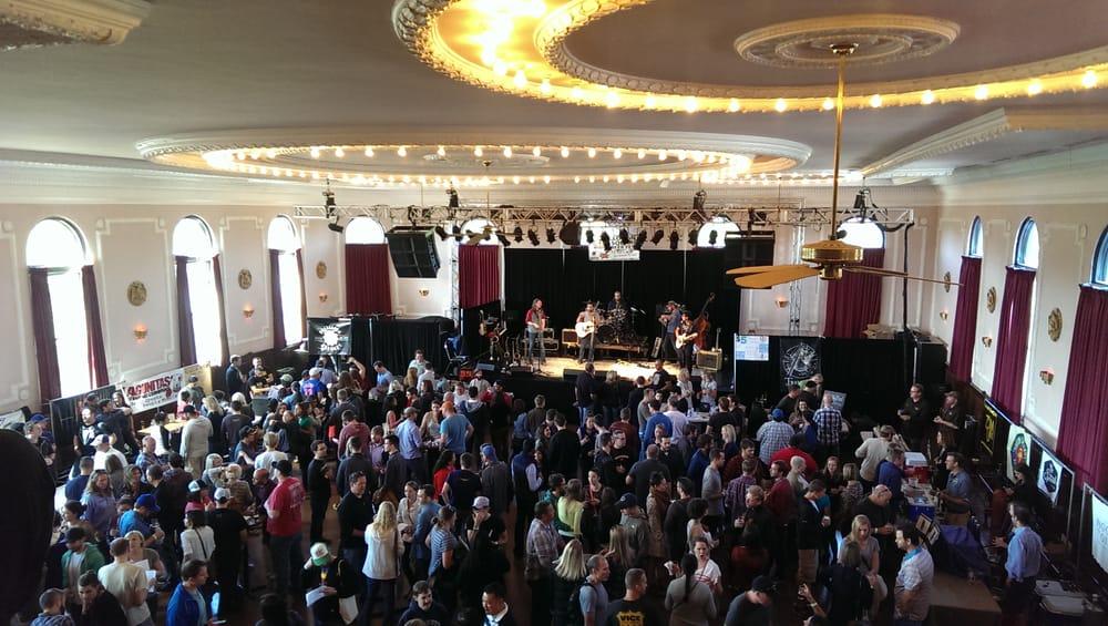 Logan Square Beer Fest: 2539 N Kedzie Ave, Chicago, IL