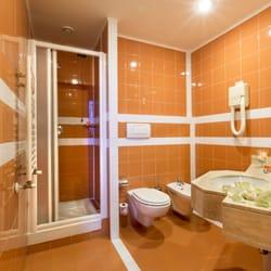 Hotel Tivoli - Hotels - Via Nazionale Tiburtina 340, Bagni di Tivoli ...