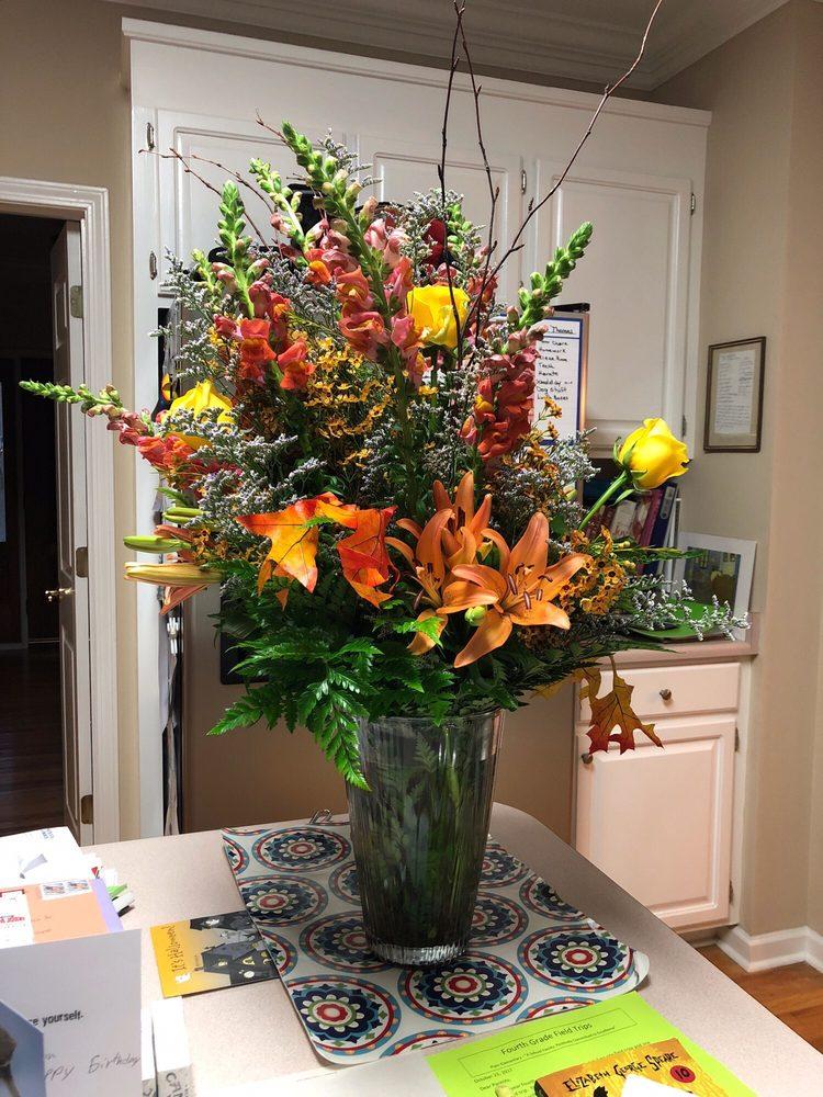 Keith Wheeler's Flowers: 506 SE Main St, Simpsonville, SC