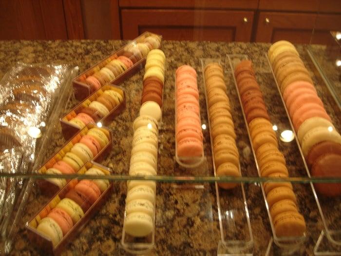 Macarons yelp for Macarons la maison du chocolat